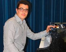 Kirill Kvetniy Musiklehrer für Klavier
